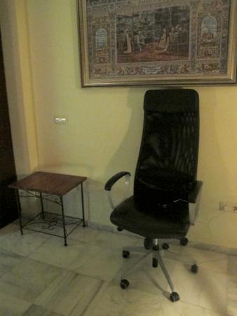 Espacio Azahar: Random office chair as decor