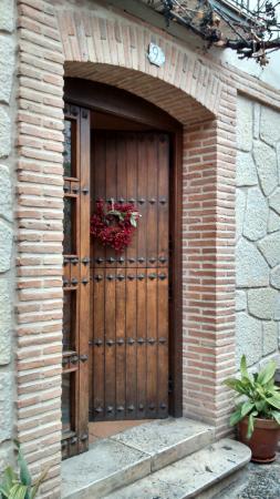 Casa Rural Andrea: Entrada de la casa