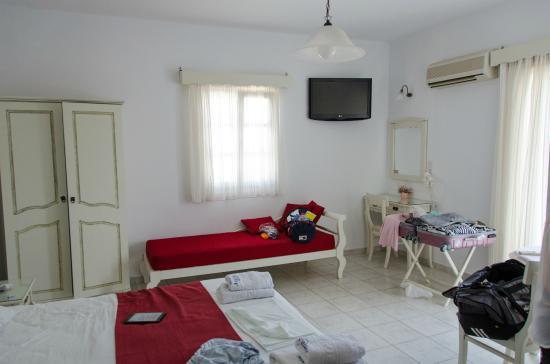 Hotel Aeolis: Room