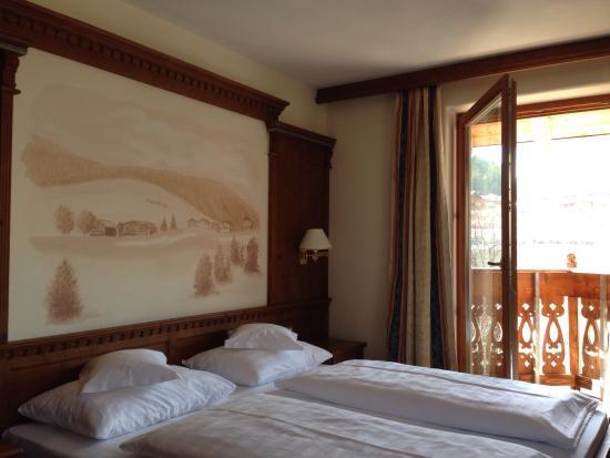 Hotel Corona La Magia dei Cristalli: Kuscheliger Schlafplatz in der Suite