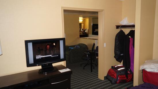 La Quinta Inn & Suites Logan : nice room