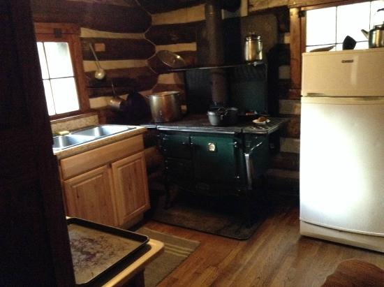 Huttonsville, WV: Woodburing stove
