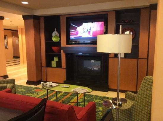 Fairfield Inn & Suites Rockford: where we watched the game