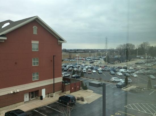 Fairfield Inn & Suites by Marriott Rockford: view from room 421