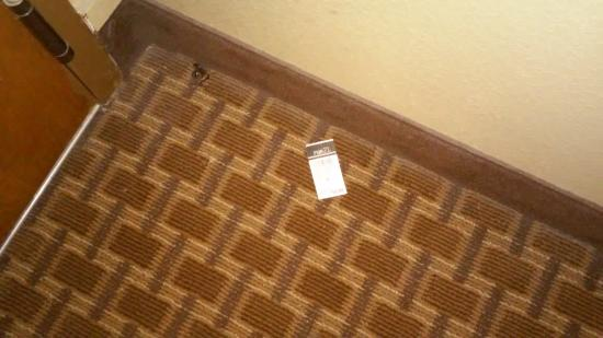 Quality Inn Pensacola: Tag that remained on floor my entire stay