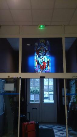 haus von aussen eingangsbereich die angeschlossene kirche und den korridor picture of. Black Bedroom Furniture Sets. Home Design Ideas
