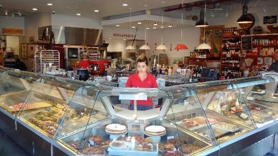 Moulin Bistro Epicerie Cafe