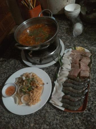 Sunset Restaurant: seafood hotpot