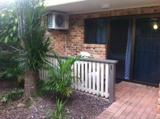 Byron Sunseeker Motel Byron Bay: A ground floor room w/ patio