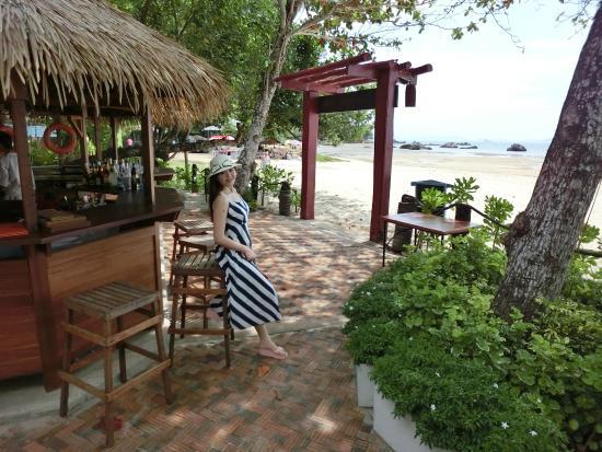 Tup Kaek Sunset Beach Resort Side Bar