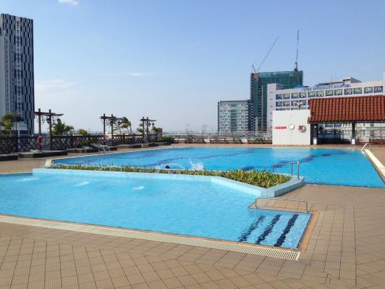 Swimming Pool Picture Of Ramada Plaza Melaka Melaka Tripadvisor