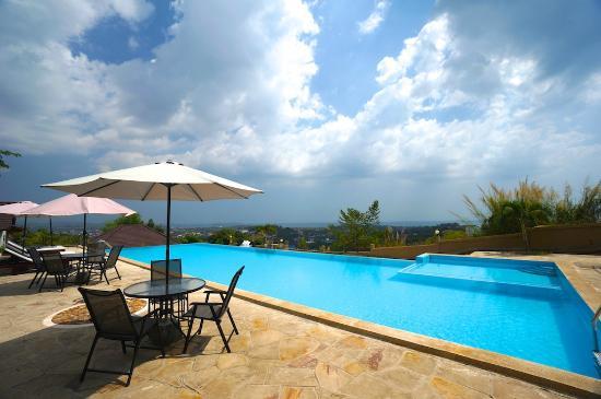 Hotel & Spa Victory Castle Villa: Swimming pool