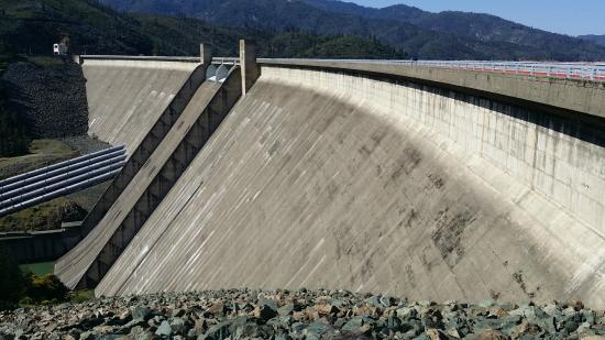 Shasta Dam from the parking lot