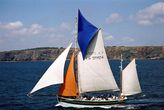 Voiles & Traditions Day Tours