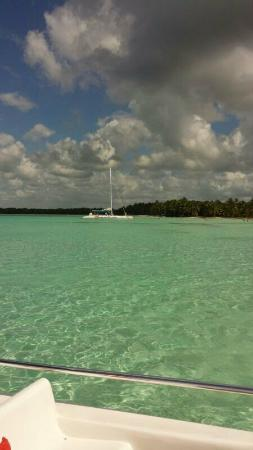 Parque Nacional del Este, Dominican Republic: Isla Saona vanaf zee te zien