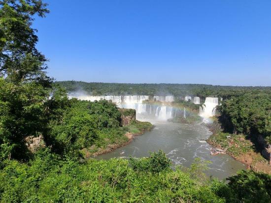 Rio Plus Tours: Iguacu Waterfalls