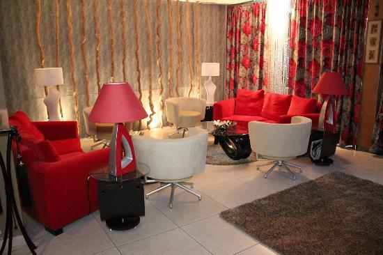 Casablanca appart 39 hotel maroc voir les tarifs 33 avis for Salon zen rabat tarifs
