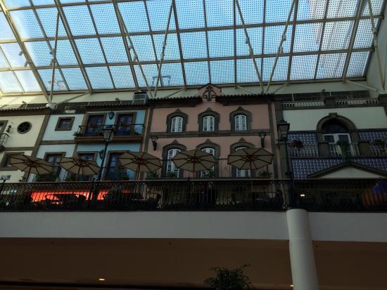 Via Catarina Shopping: La zona de restauración