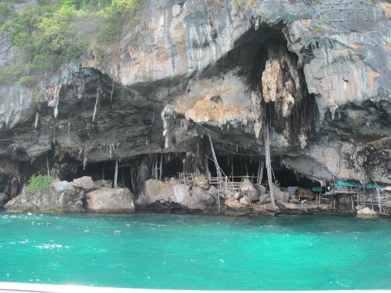 Viking Cave Picture Of Ko Phi Phi Le Ko Phi Phi Don Tripadvisor