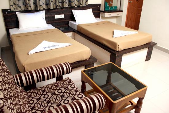 Hotel Maruthi Residency