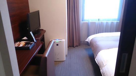 Dormy Inn Himeji: 加湿空気清浄機もあります。