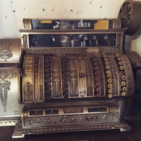 Old Transvaal Inn: Wonderful old National Cash Registers till in the shop