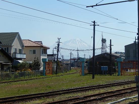 JR Sakai Line: 大山がきれい