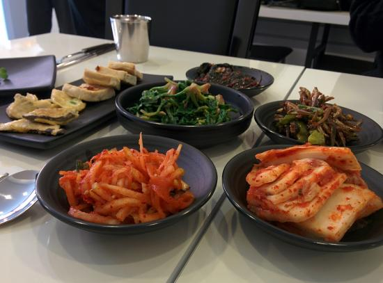 Makan Halal Korean Restaurant: Side dishes