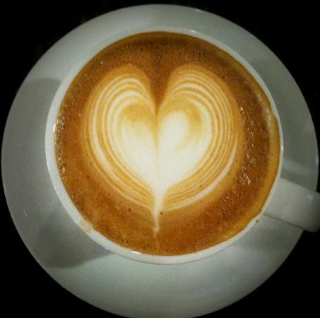 Caffe Vero: Latte art - heart