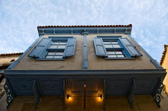TashMahal Alacati: Hotel Exterior