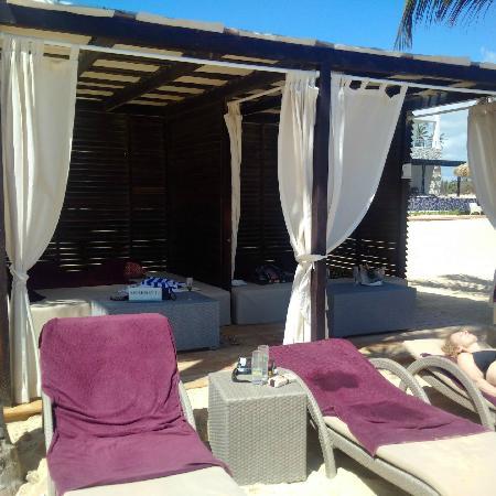 Chic By Royalton Luxury Resorts Beach Cabana
