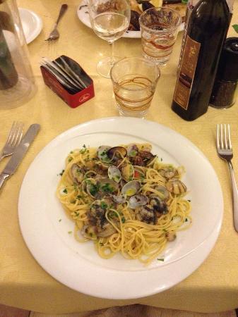 Osteria La Delizia: Spaghetti con le vongole