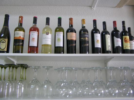 Caffe Panini: House wines