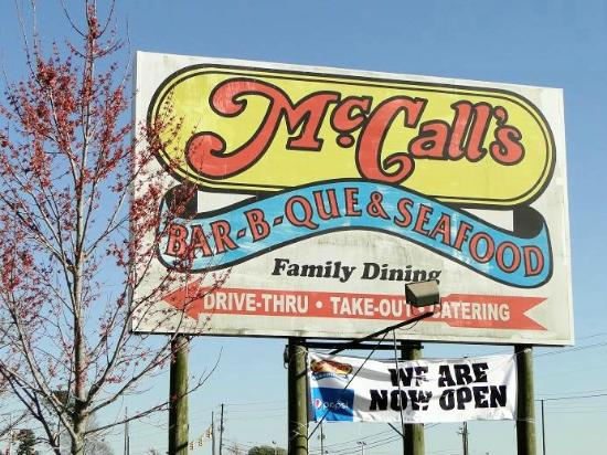 McCall's Bar-B-Q & Seafood: sign on road