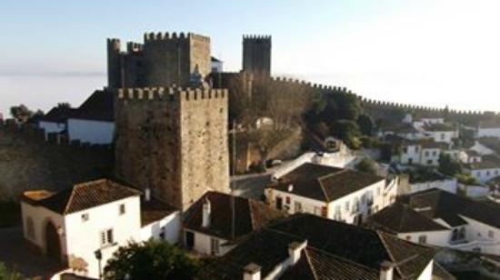 Hostel Argonauta: Vista do CAstelo Medieval de Óbidos