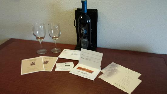 Residence Inn Seattle East/Redmond: The package contents.