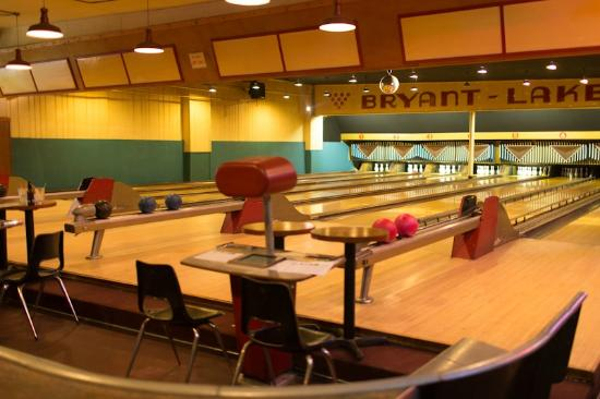 Bryant Lake Bowl and Theater : Vintage Lanes