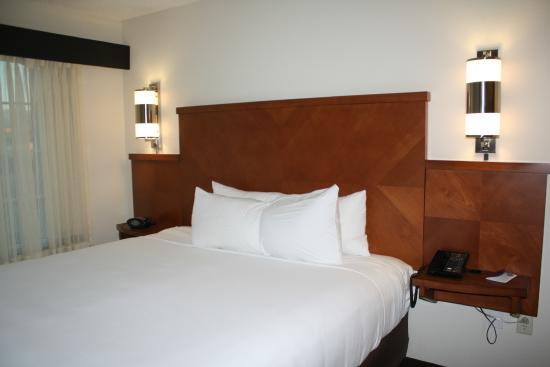 Hyatt Place Santa Fe : Bed