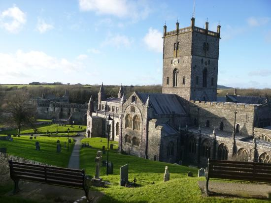 Pembrokeshire Guided Tours - Day Tours: St David's Cathedral