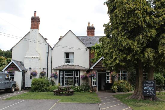 Damerham, UK: front of the compasses