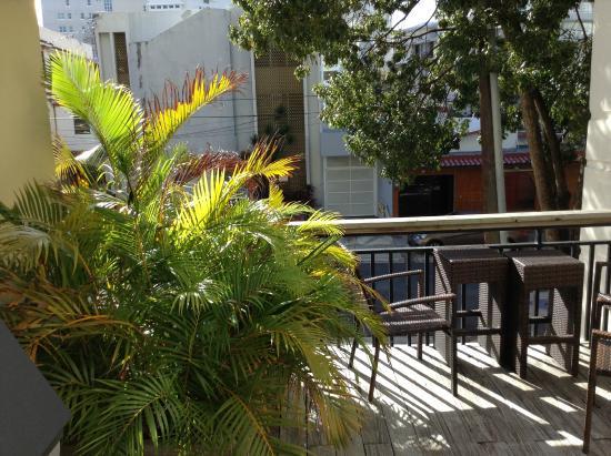Casa Condado Hotel: Patio Area