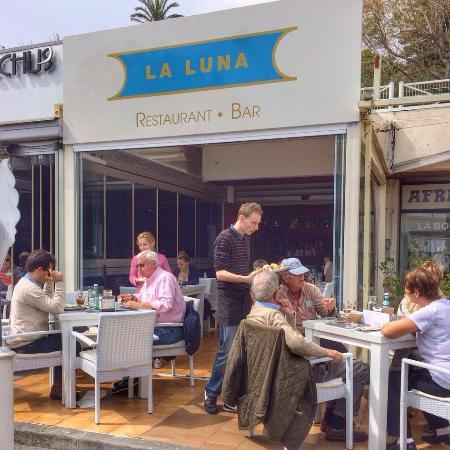 La Luna : Lunch time