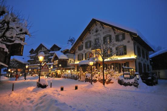 Hotel Olden: Facade