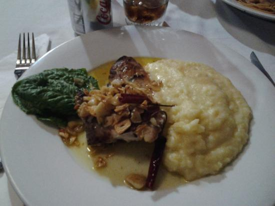 Fish with garlic sauce and mashed potatoes - Picture of Xoko or Xocho ...