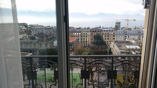 Hotel de la Paix: View of the balcony