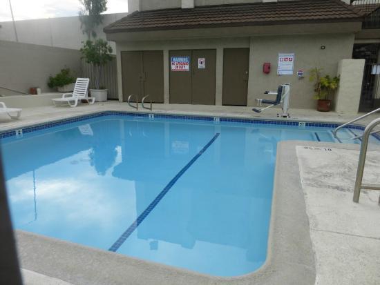 Anaheim Express Inn: si queda tiempo un bañito