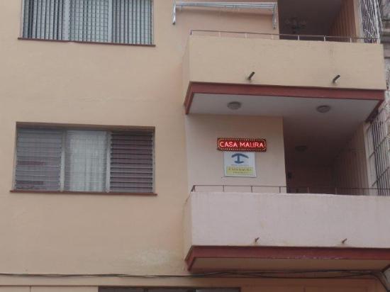 Casa Maura Habana Vieja: Cartel en el exterior del balcón