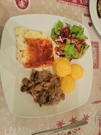 Malè, Italie : Osteria del Bosco