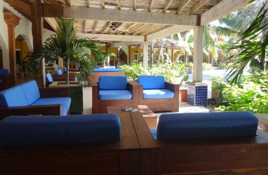 SunBreeze Hotel : Sofa Lounge