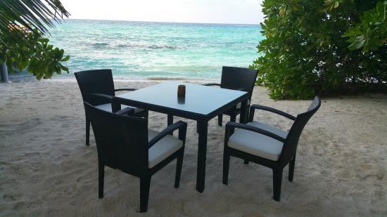 Kuramathi: Una mesa con vistas
